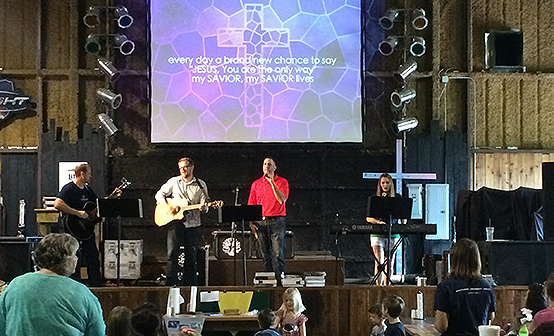 Pastor Stephen DeMik and team lead the congregation in worship.